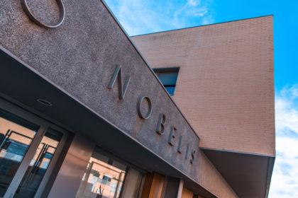 exterior_colegio_nobelis_valdemoro